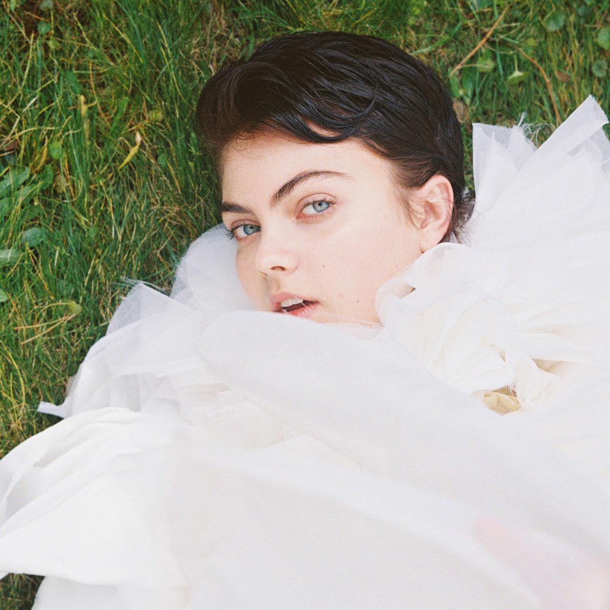 Melanie Rieberer makeup artist hair make-up Editorial Vein Magazin